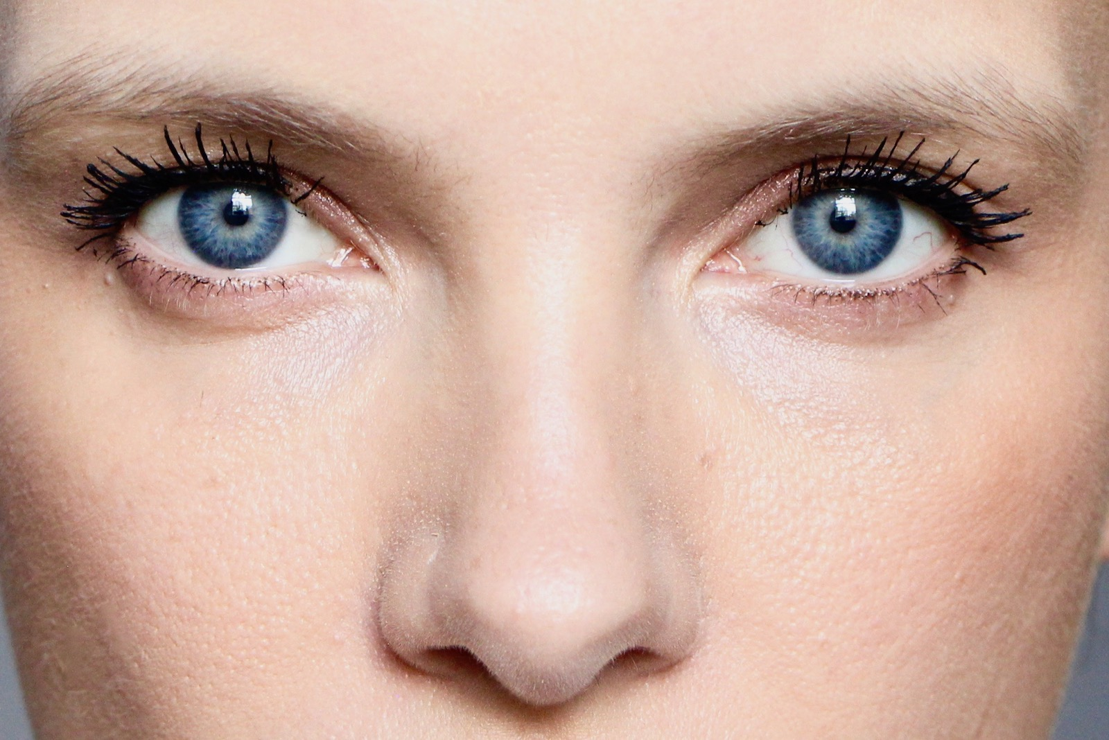 Non-surgical Eyelift Options That Are Easily Available In The Modern World